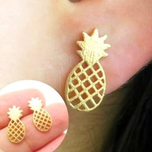 Pineapple Earrings (CS)